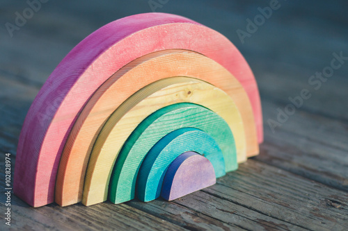 Poster  Wooden Rainbow Puzzle Toy