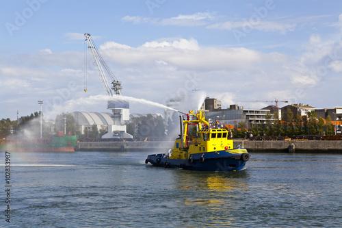 Valokuva  Tugboat
