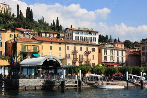 Foto auf Gartenposter Stadt am Wasser Bellagio am Comer See