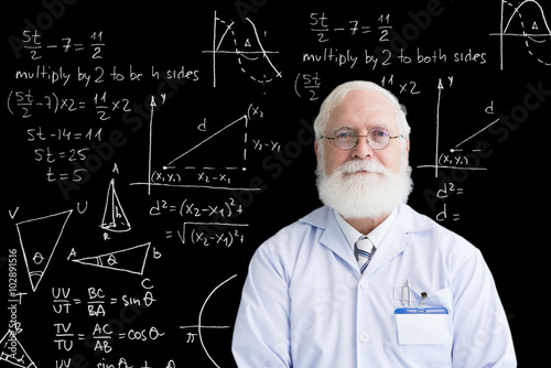 Photo Senior mathematician