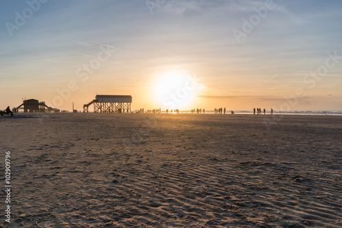 Spoed Foto op Canvas Noordzee Nordsee Strand am Abend