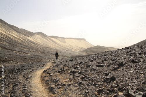 Stickers pour portes Desert de sable Exploring volcanic rock, Egypt