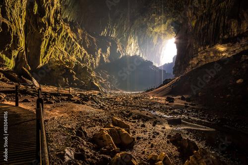 Fotografie, Obraz  Deer Cave Höhle mit Fledermäusen in Borneo