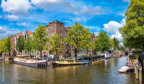 Deurstickers Amsterdam Canal and bridge in Amsterdam