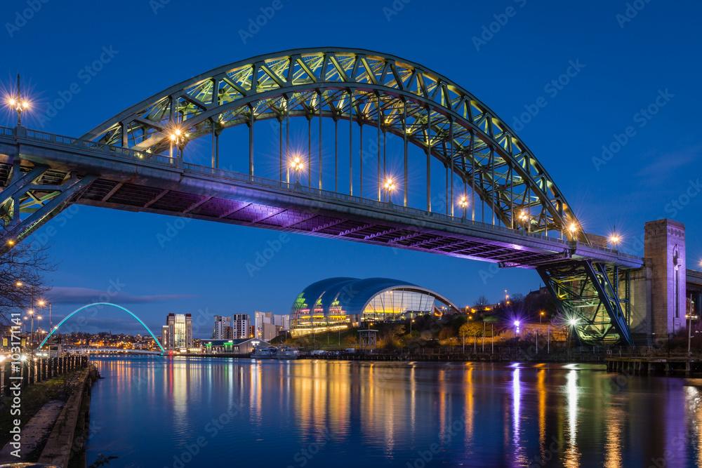 Fototapety, obrazy: Tyne Bridge at night