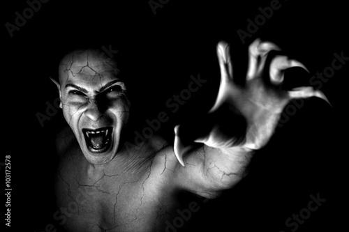 Foto  Teufel Vampir Porträt