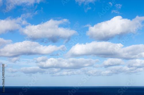 morskie-niebo-i-chmury