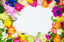 Flowers Frame In White Background Isolated. Frame: Different Colorful Flowers On The White Background. Beautiful Spring Background With Free Space For Text.