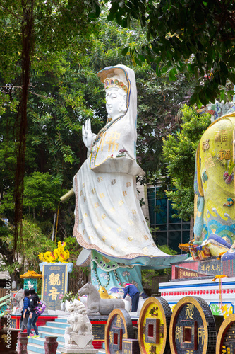 Fotografia, Obraz  Statue Kwun Yam in Shrine of Repulse Bay hong kong