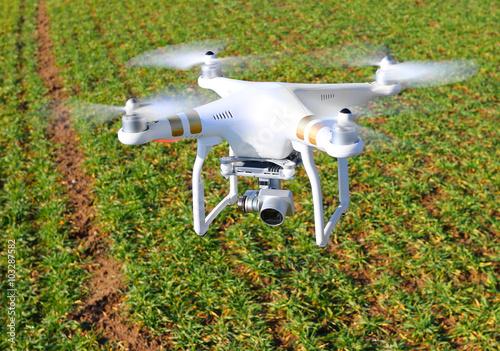 Foto  Drone quadrocopter with camera