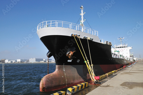 Foto  小型のタンカー
