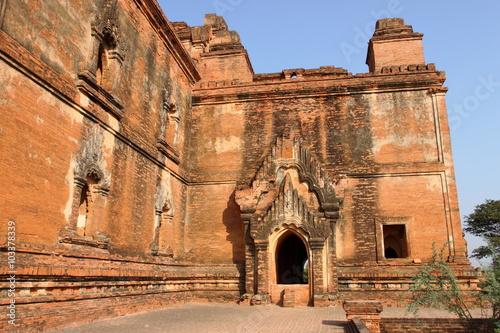 In de dag Dhammayangyi,old Buddhist temples and pagodas in Bagan, Myanmar