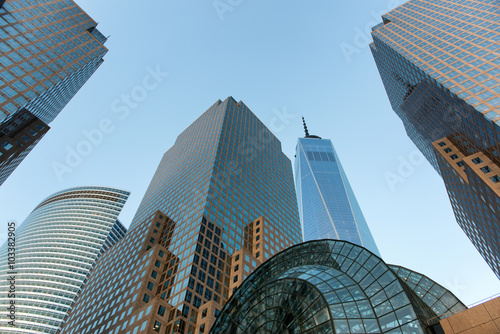 Fotomural Modern Glass Skyscrapers in Manhattan, New York