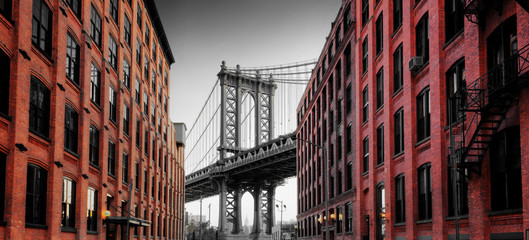 Obraz na SzkleManhattan Bridge from Washington Street, Brooklyn