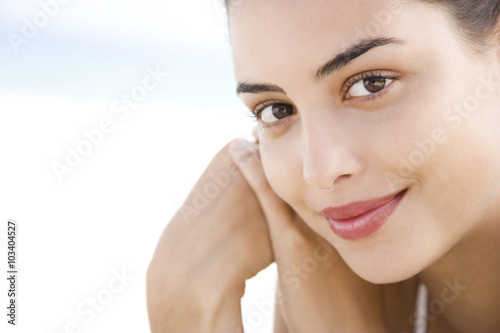 Photo  Young woman's face