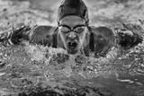 Mistrz pływania motylkowego - 103451570
