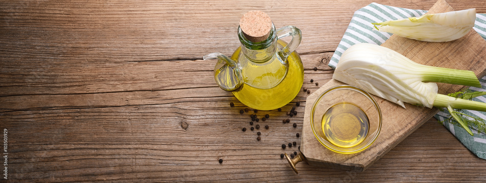 Fototapety, obrazy: Fennel and extra virgin olive oil