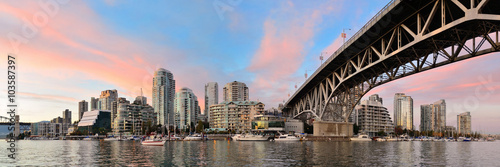 Fototapeta premium Vancouver False Creek