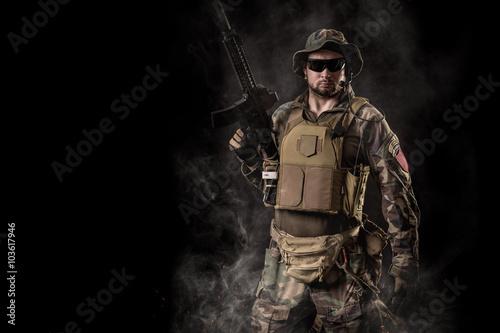 Fotografía  Operador de fuerzas especiales