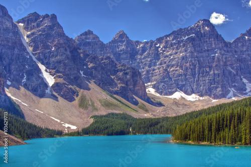 Foto op Plexiglas Blauw Moraine Lake in Banff National Park, Alberta, Canada