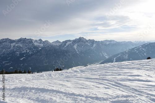 Fotobehang Wintersporten Wintersport, Schipiste, Schigebiet, Piste, Berg, Zettersfeld, Lienz, Lift