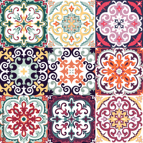 Tapety do aneksu kuchennego  vector-set-with-beautiful-seamless-ornamental-tile-background