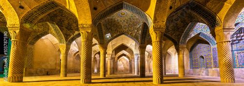 Fotografia  Interior of Vakil Mosque in Shiraz, Iran