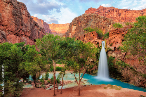 fototapeta na lodówkę Havasu Falls, waterfalls in the Grand Canyon, Arizona