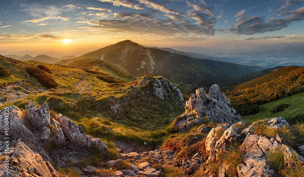 Fototapety, obrazy: Slovakia mountain from peak Chleb