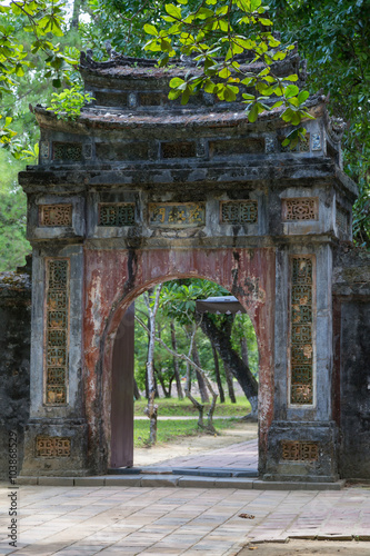 Photo  Old gate in Imperial Minh Mang Tomb in  Hue