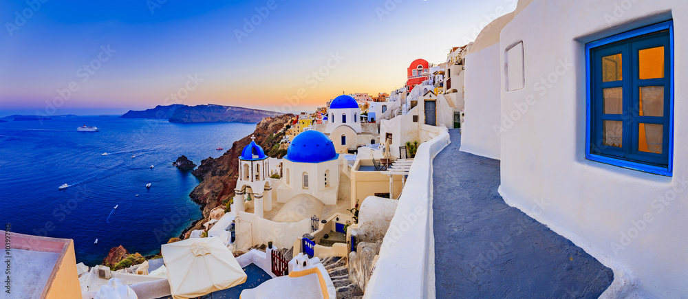 Fototapety, obrazy: Santorini, Greece - Oia at sunset, panorama