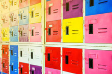 Old Colors Metal Lockers And M...