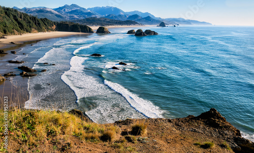 Aluminium Prints Coast Sweeping view of the Oregon coast including miles of sandy beach