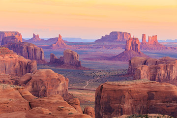 Fototapeta Relaks i kontemplacja Sunrise in Hunts Mesa in Monument Valley, Arizona, USA