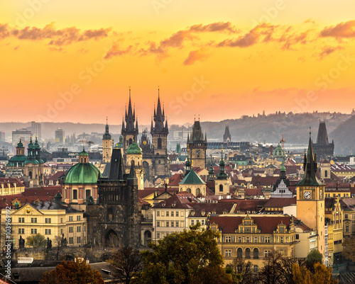 Staande foto Praag Prague, Tyn Church and Old Town Square