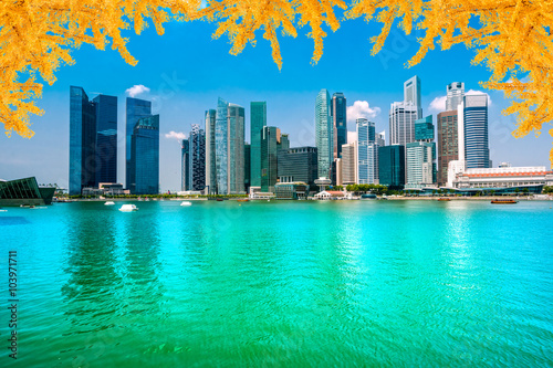 Photo  Singapore city skyline.
