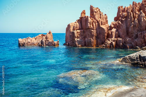 Photo  Red rocks and turquoise water of Arbatax, Sardinia