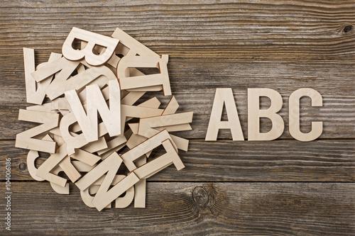 Fotografía  Mucchio di lettere ABC