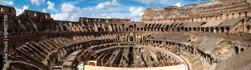 Obraz na plátně  General Inside View of Colosseum