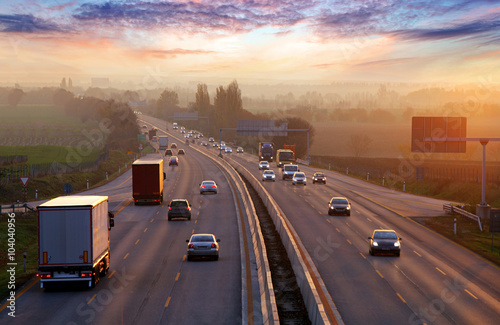 Traffic on highway with cars. Fototapet