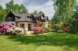 Leinwanddruck Bild - Elegant new villa with backyard
