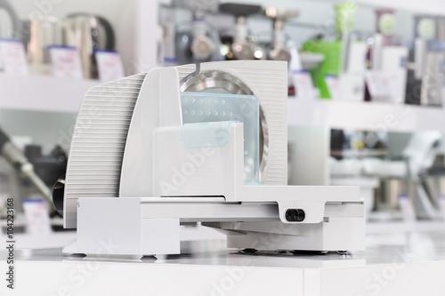 Fotografie, Obraz  single electric food slicer in retail store