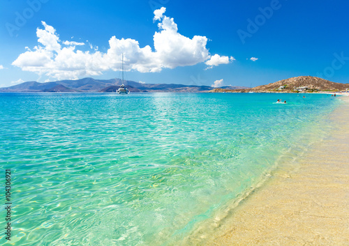Fotografia paradise beach on Naxos island in Greece, Cyclades