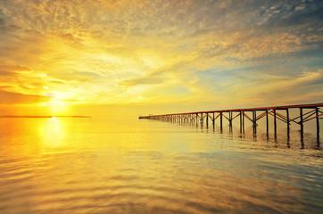 Fototapeta Optyczne powiększenie Beautiful Sunrise view at fisherman jetty