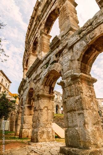 In de dag Famous ancient Roman Amphitheater - Pula