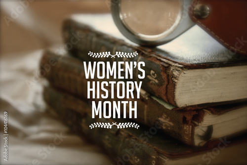 Foto  Women's history month photo with antique books.