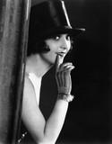 Portrait of woman in top hat  - 104435305