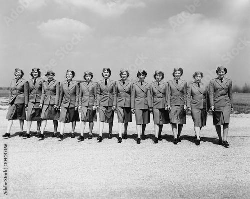 Fotografía  Women serving their country