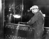 Iron worker welding  - 104446313
