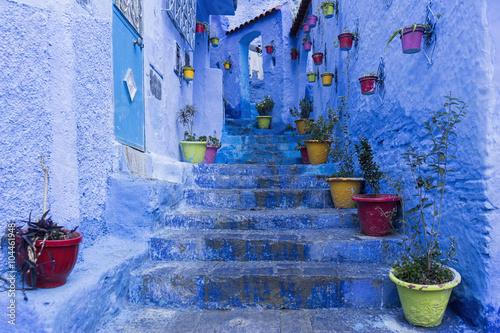 In de dag Afrika Calles de la hermosa ciudad azul de Chefchaouen, Marruecos
